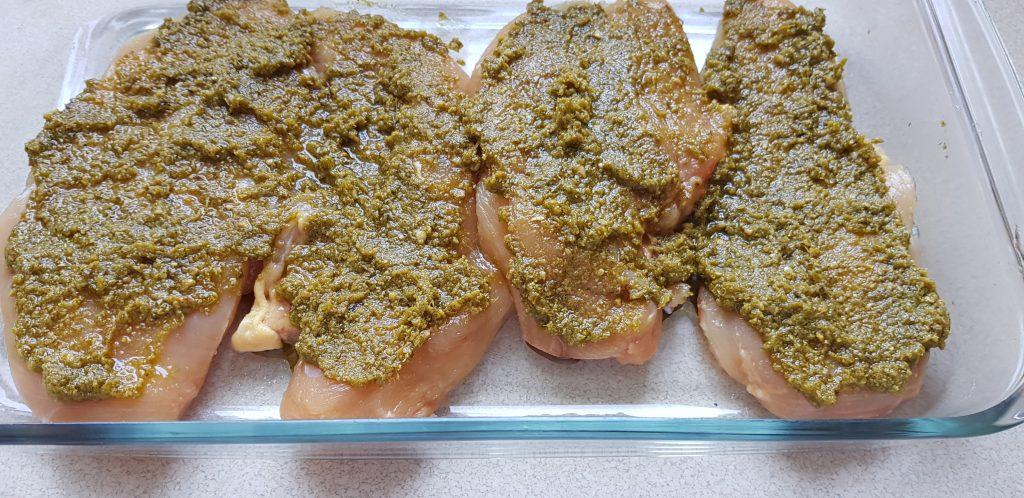 csirkemell zöld pesto