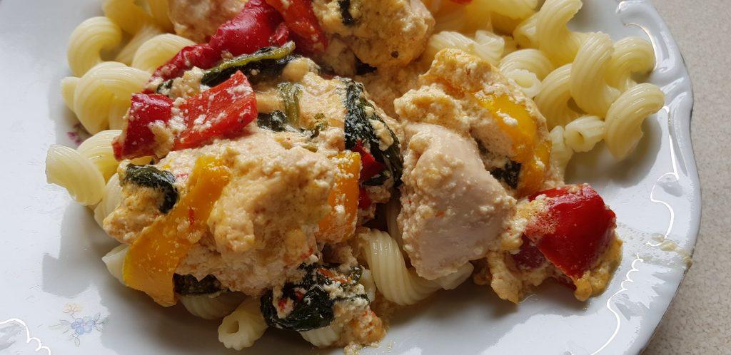 tejszínes csirkemell zöldségekkel