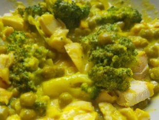 brokkolis zöldborsós csirkemell