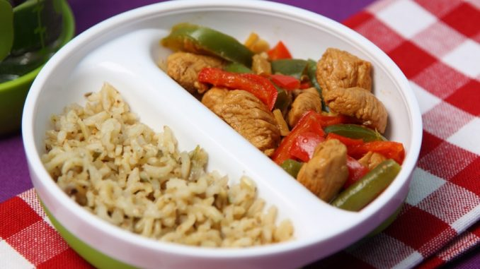 bababarát csirkemell zöldségekkel